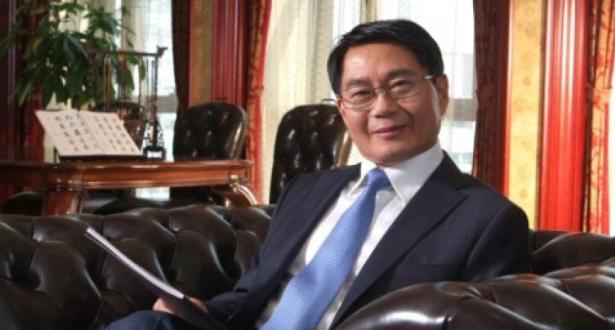 غاو جيتشنغ : مزارع .. شرطي .. صحافي .. شاعر .. مالك ساوثمبتون