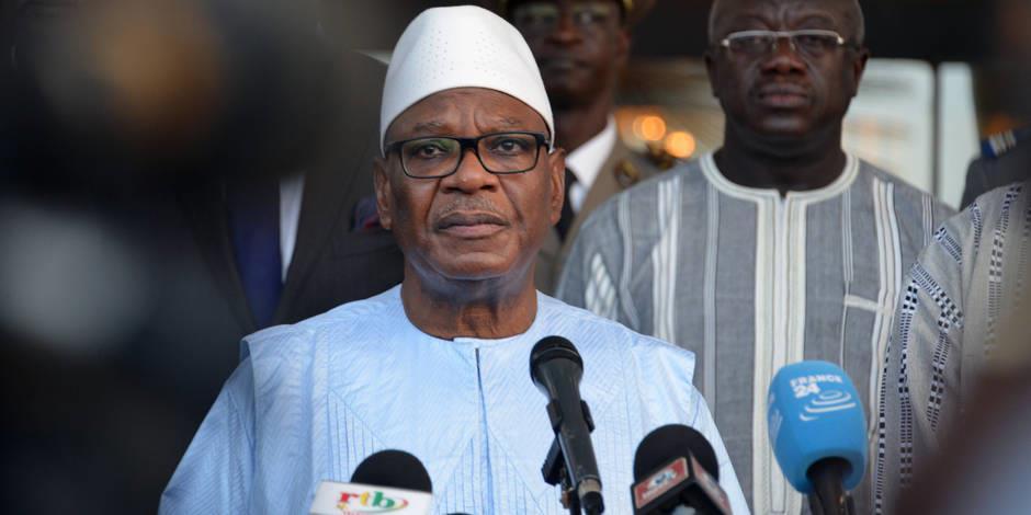 Mali: le président suspend la révision constitutionnelle