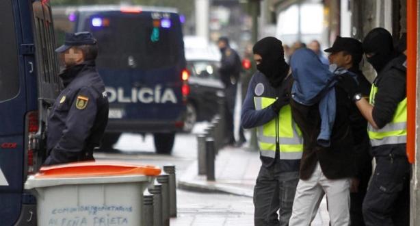 إسبانيا تعتقل 7 أشخاص على صلة بداعش والقاعدة