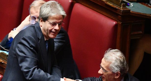 رئيس الحكومة الإيطالي يقدم استقالته بعد تنصيب البرلمان