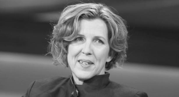 """وفاة صحفية ألمانية إثر تعرضها لحادث جراء عاصفة """"خافيير"""""""
