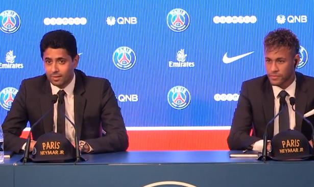 الندوة الصحفية لتقديم نيمار رسميا لاعبا جديدا لباريس سان جرمان