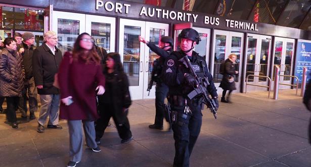 اعتقال مشتبه فيه عقب انفجار في محطة وسط مانهاتن