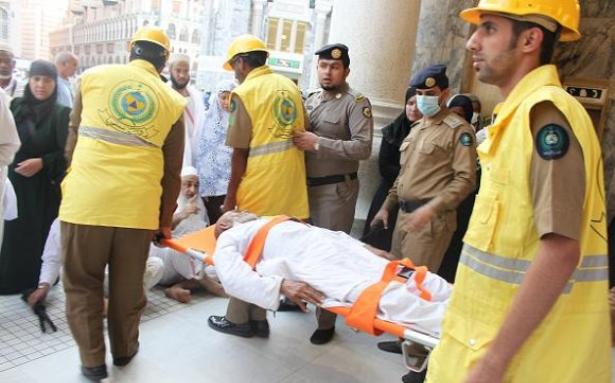 الدفاع المدني السعودي يسعف 300 حالة بالمسجد الحرام خلال 15 يوماً