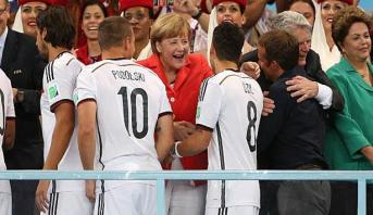 """Merkel """"respecte"""" le retrait d'Özil de l'équipe nationale"""