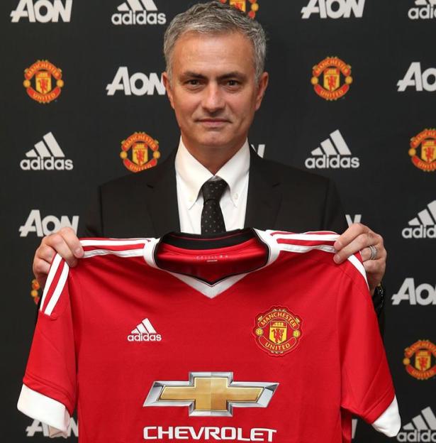 Mourinho nouvel entraîneur de Manchester United