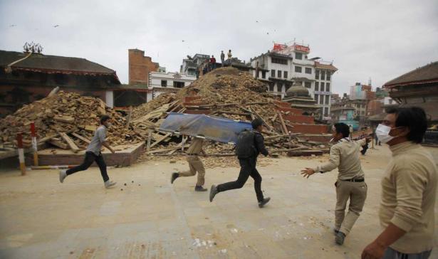 Népal: une nouvelle secousse ébranle le pays