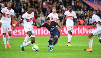 نيمار يسجل أحد أروع أهدافه ويتطلع لمزيد من التألق بعد انطلاقة قوية في باريس