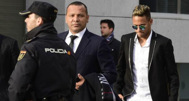 نيمار سيدفع 2,1 مليوني يورو لسلطات الضرائب البرازيلية