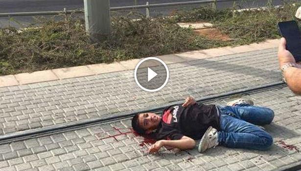 فيديو صادم .. جنود الاحتلال يتلذذون بشتم طفل فلسطيني مصاب ويمنعون عنه الإسعاف