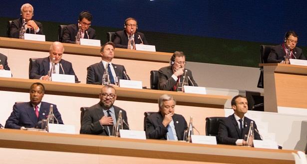 """الملك محمد السادس يحضر أشغال قمة المناخ الدولية """"وان بلانيت ساميت"""" بباريس"""