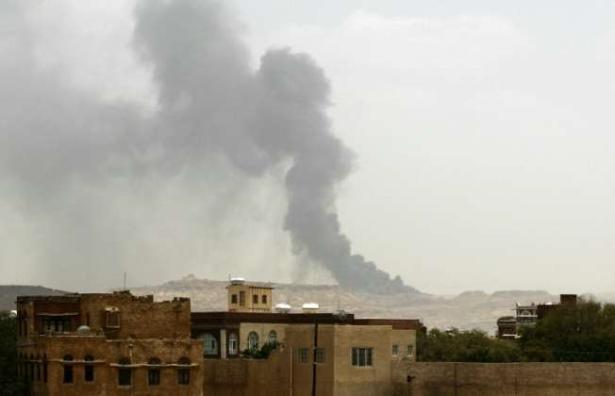 """22 قتيلا في غارات للائتلاف الدولي على معقل تنظيم """"داعش"""" شمال سوريا"""