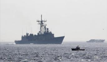 وصول سفينتين أمريكيتين حربيتين إلى ميناء حمد للقيام بتدريبات مشتركة