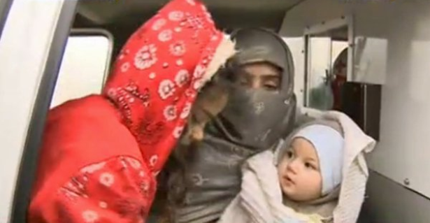 """سجى الدليمي طليقة زعيم """"داعش"""" ضمن صفقة تبادل للأسرى في لبنان"""