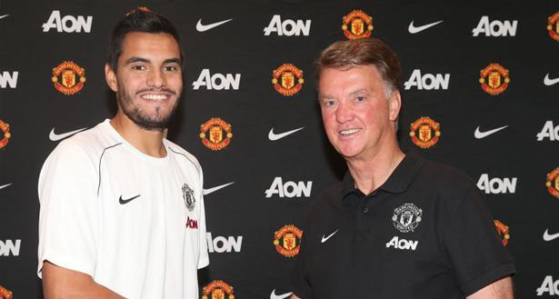 Le gardien argentin Romero s'engage pour les trois prochaines saisons à Manchester United