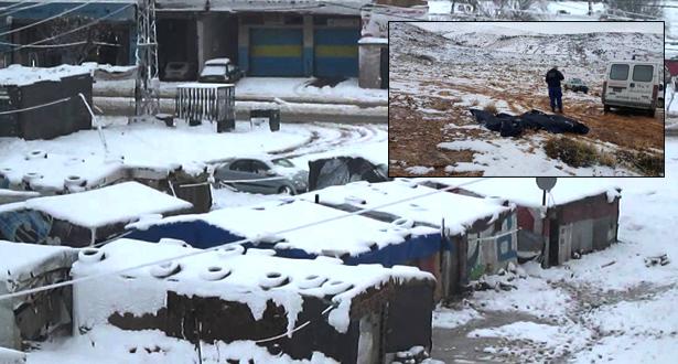 سوريون يتجمدون حتى الموت أثناء عبور جبال إلى لبنان