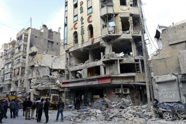 Au moins 18 civils tués et 40 blessés dans des raids en Syrie (OSDH)