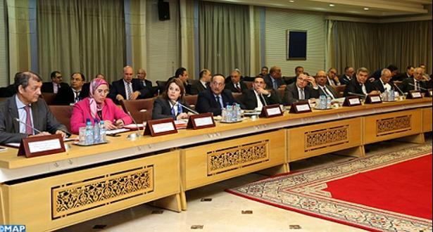 Réunion élargie au ministère de l'Intérieur consacrée à l'état d'avancement du programme ''Tanger-Métropole''