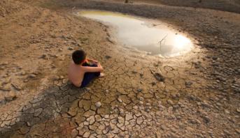 دراسة : أكثر من مليار شخص يعانون من ارتفاع درجة حرارة الأرض