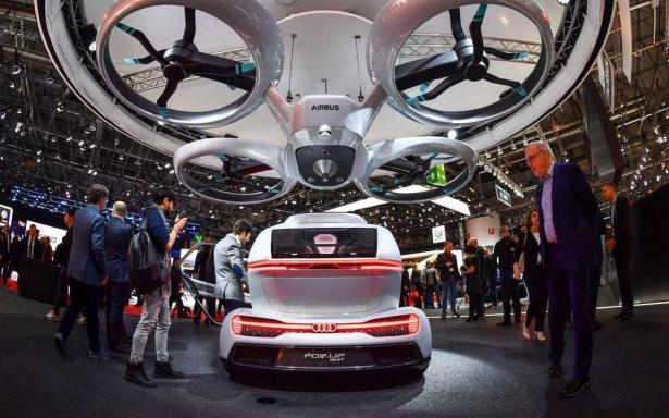Une voiture volante dévoilée au salon de l'automobile de Genève