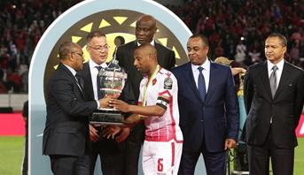 """""""فيفا"""" توجه رسالة للمغاربة و للوداد بعد تتويج النادي الأحمر بلقب السوبر لأول مرة في تاريخه"""