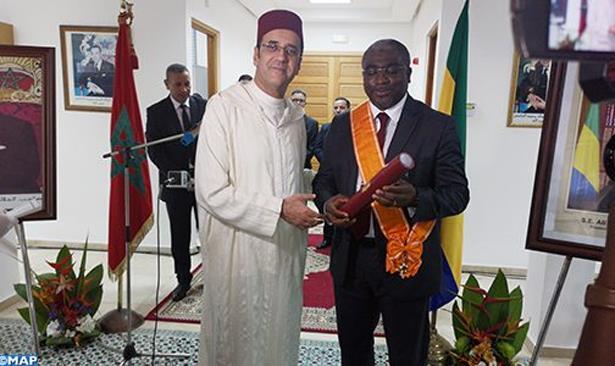 L'ancien ambassadeur du Gabon au Maroc décoré du Grand Cordon du Wissam Alaouite