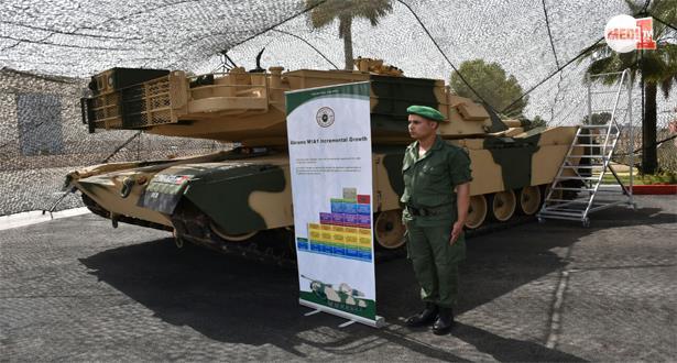 """بالصور .. حفل تسلم أولى دبابات """"أبرامز"""" الأمريكية الموجهة للقوات المسلحة الملكية"""