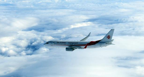 """طائرة """"ميراج 2000"""" تابعة للجيش الفرنسي تعترض طائرة بوينغ جزائرية"""