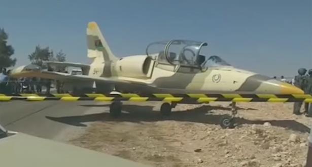 طائرة عسكرية ليبية تخترق المجال الجوي التونسي وتضطر للهبوط جنوب شرق البلاد