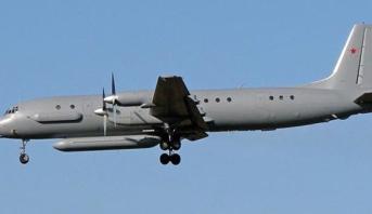 روسيا تقول إن سوريا أسقطت خطأ إحدى طائراتها وتلقي باللوم على إسرائيل