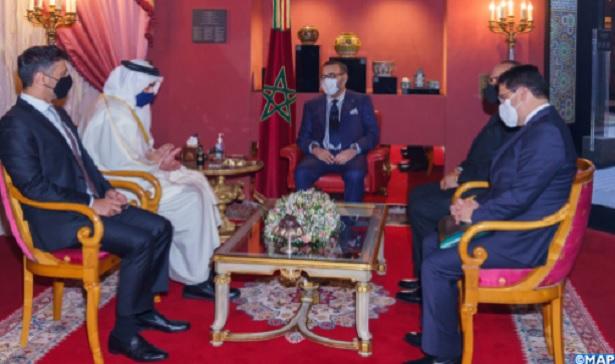 Le Roi Mohammed VI reçoit le ministre émirati des Affaires étrangères et de la Coopération internationale