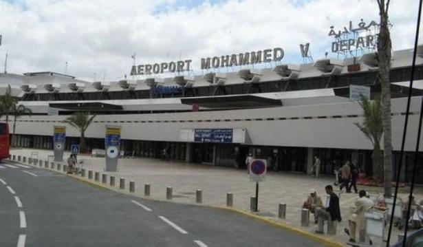 مطار محمد الخامس .. حجز 857 غراما من مخدر الشيرا لدى مواطنة تونسية