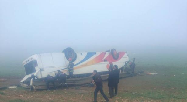 آسفي..انقلاب حافلة لنقل الركاب وإصابة 30 شخصا
