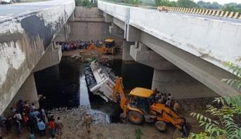 مقتل ما لايقل عن 29 شخصا جراء سقوط حافلة ركاب في قناة شمالي الهند