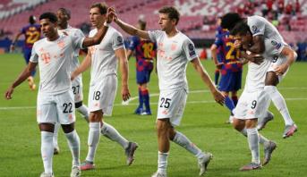 أبطال أوروبا.. البايرن يكتسح برشلونة بثمانية ويبلغ نصف النهائي