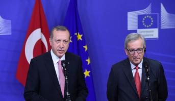 La Commission européenne ouvre la voie à la libéralisation des visas pour les Turcs
