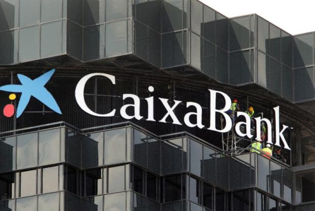 CaixaBank compte supprimer plus de 8.200 emplois, un record dans le secteur bancaire espagnol
