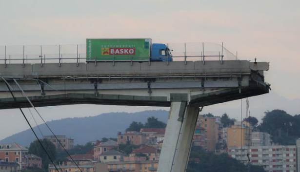 Effondrement d'un viaduc à Gênes: un Marocain échappe de justesse à la catastrophe