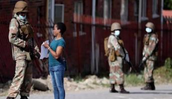 Afrique du Sud: le confinement pourrait être prolongé de deux à quatre mois