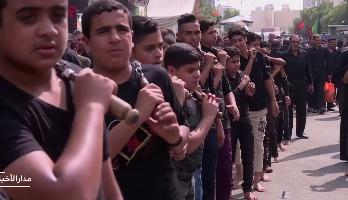 """العراق.. توافد الألاف الزوار الشيعة على كربلاء لإحياء ذكرى """"عاشوراء"""""""