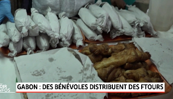 Des bénévoles distribuent des ftours au Gabon
