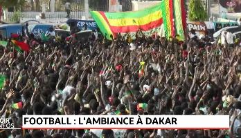 Football: l'ambiance à Dakar