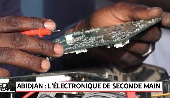 Abidjan: l'électronique de seconde main