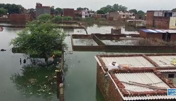 عشرات القتلى وآلاف المشردين جراء الفيضانات شمال الهند