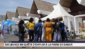 Sénégal: des jeunes en quête d'emploi à la foire de Dakar