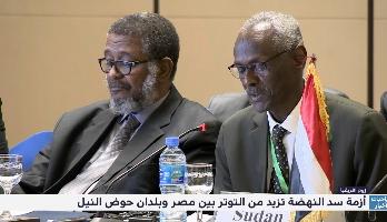 """""""زووم افريقيا"""" .. أزمة سد النهضة تزيد من التوتر بين مصر وبلدان حوض النيل"""