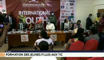 Nigeria: formation des jeunes filles aux TIC