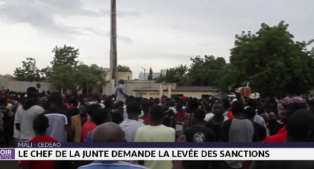 Mali-Cedeao: le chef de la junte demande la levée des sanctions