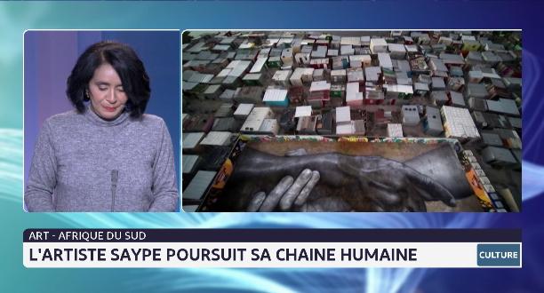 L'artiste Saype poursuit sa chaîne humaine