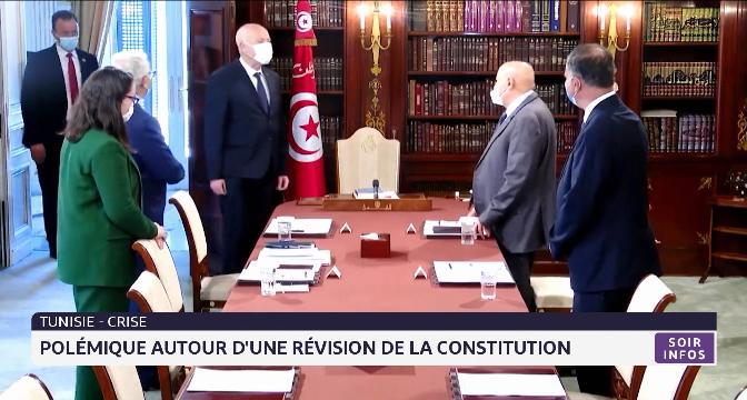 """Tunisie: le président dénonce """"une mafia qui gouverne la Tunisie"""""""